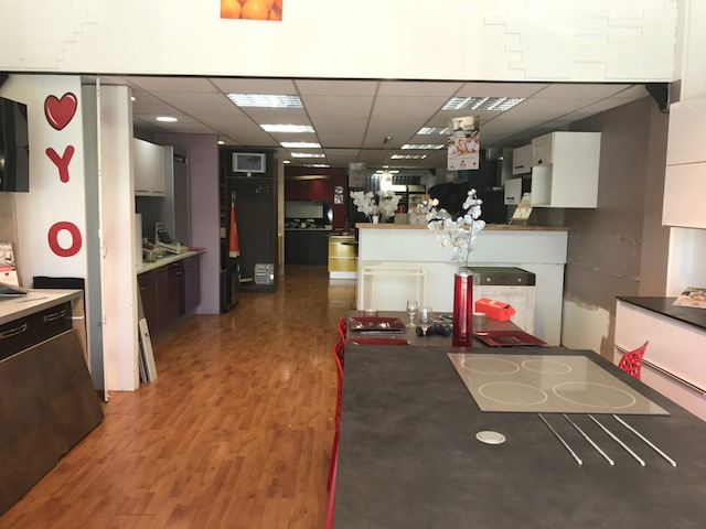 Location Immobilier Professionnel Local commercial Baie-Mahault 97122